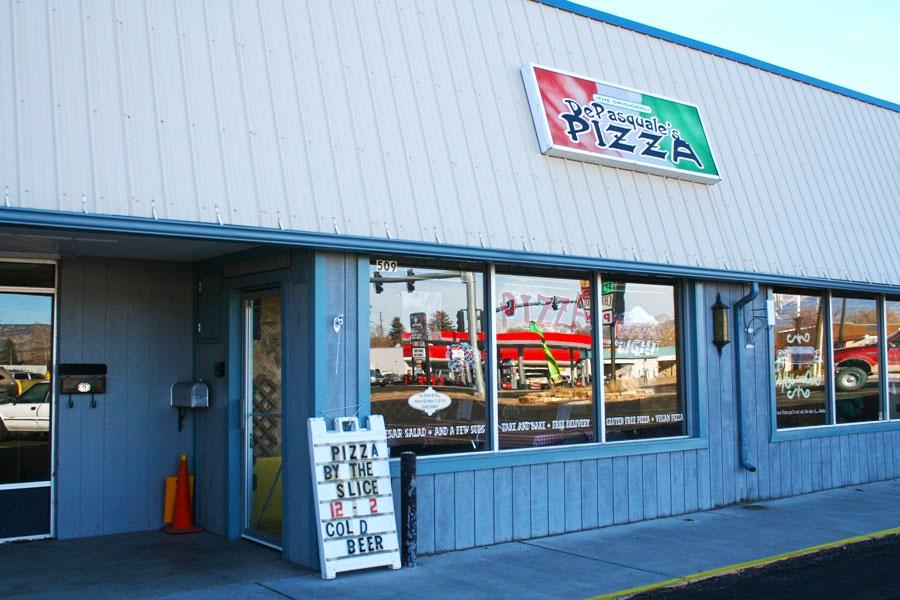 DePasquales Pizza
