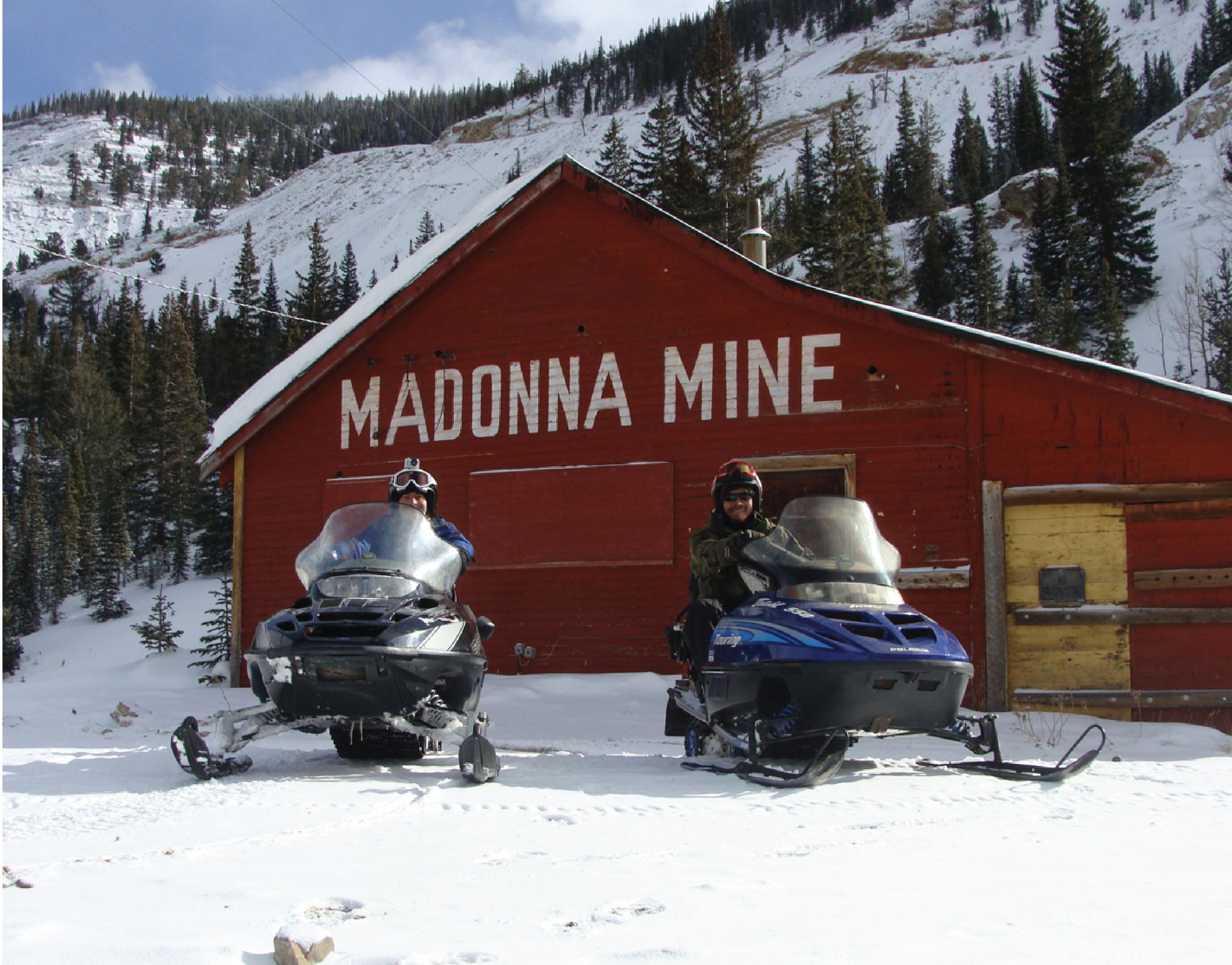 monarch snowmobile tours & rentals