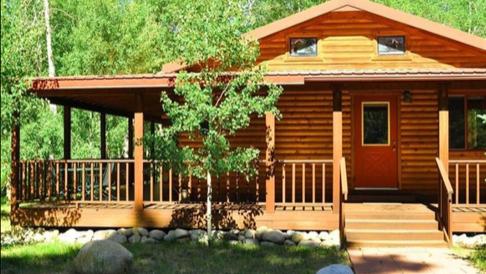 Mountain River Cabin