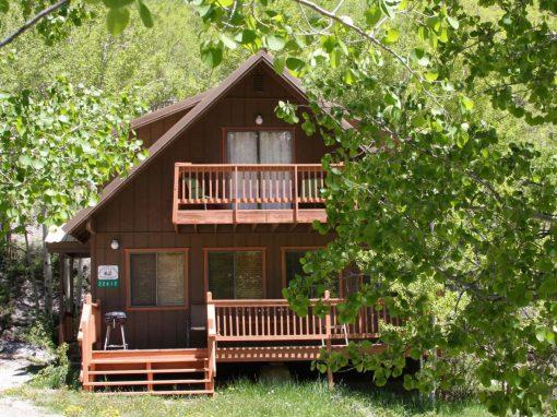 Salida cabins vacation rentals buena vista salida for Mountain cabin rental colorado